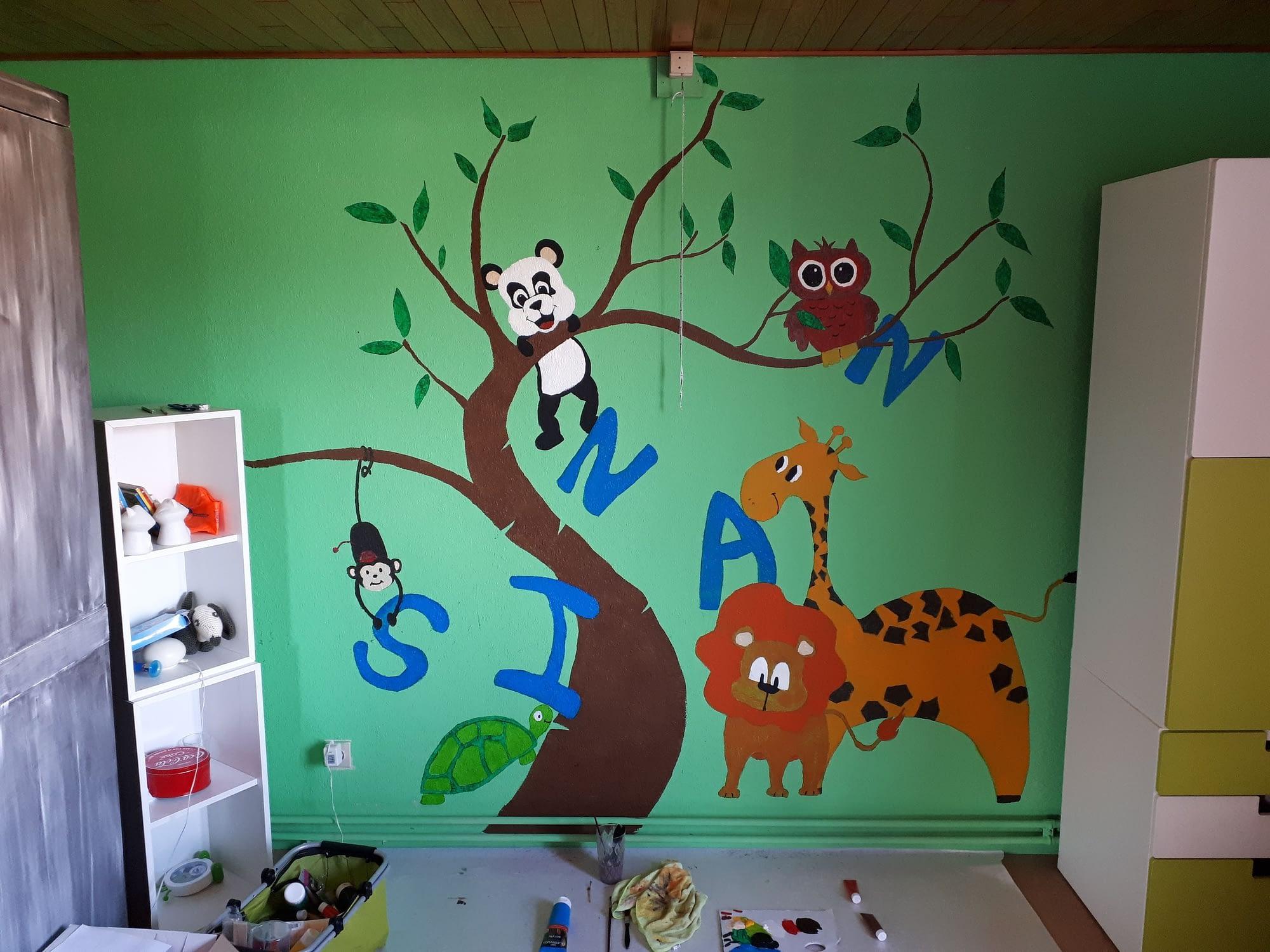 Kinderkamer muurschildering met naam